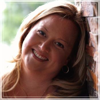 Krista-Smith,-web-designer-&-personal-branding-coach-bio